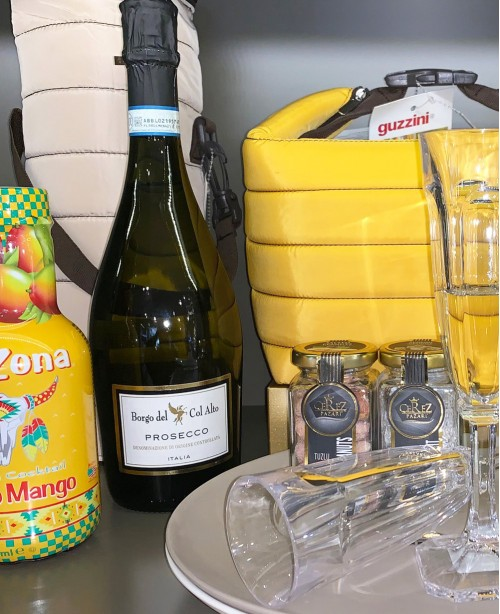 Prosecco Yellow Picnic Gift Hamper For 2