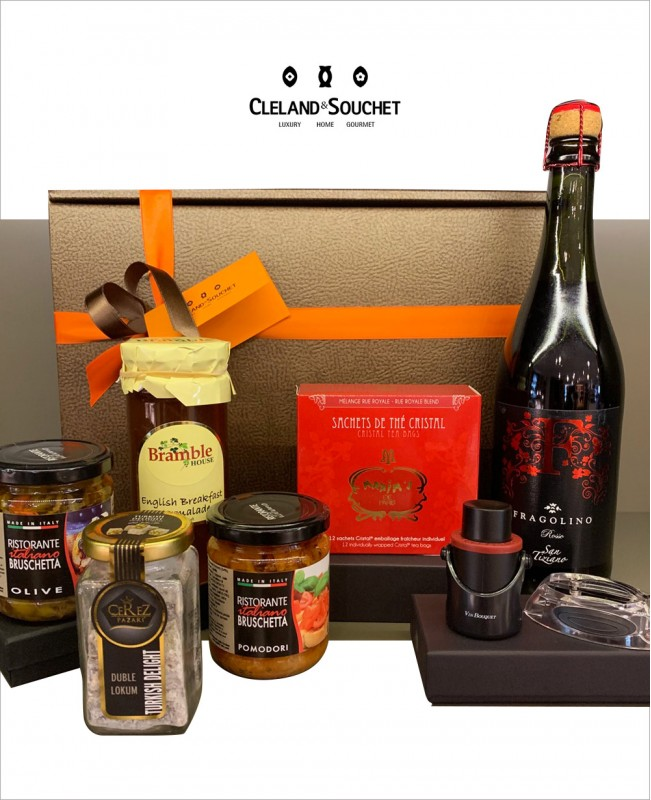 FH013 (Wine & Gift Hamper)