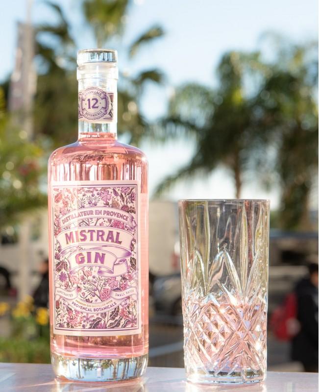 Terres de Mistral Pink Gin (40%) 70cl