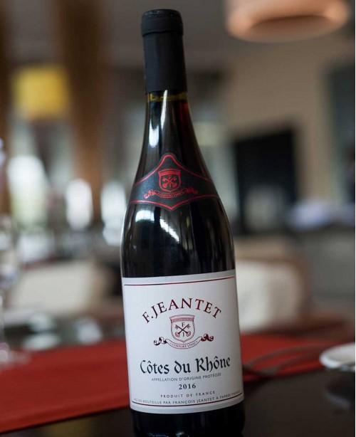 Cotes du Rhone AOC Rouge (Francois Jeant...